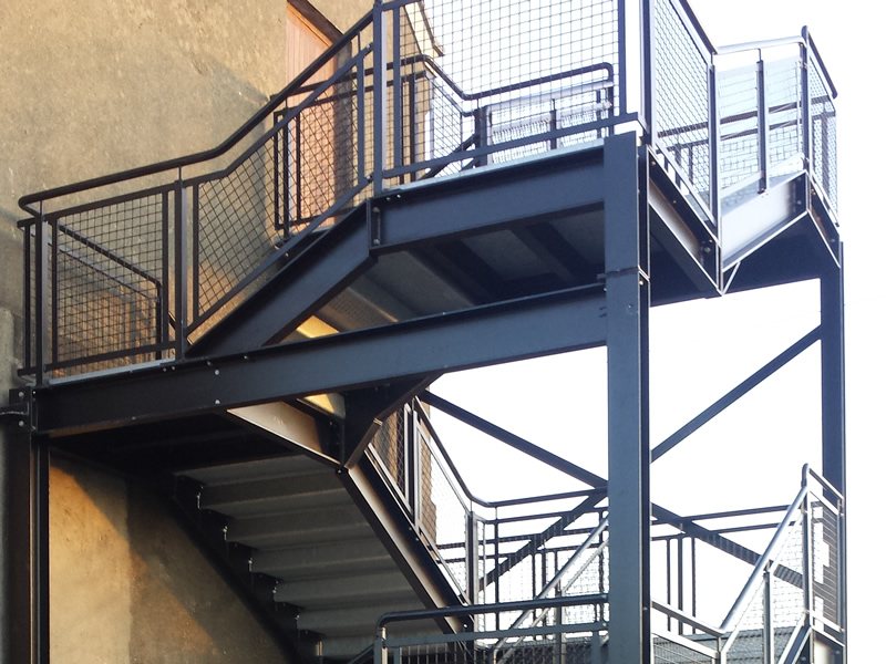 External 4 storey fire escape stairs